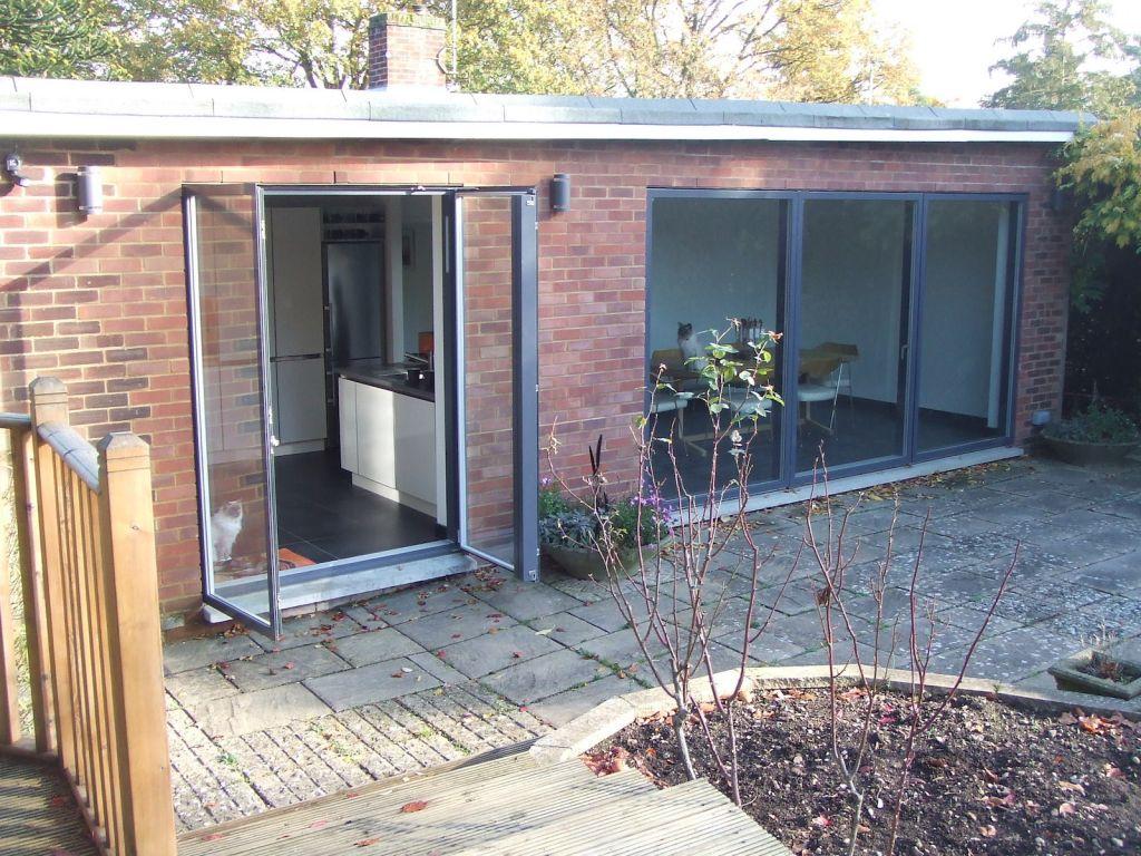 weal-d-1950s-house